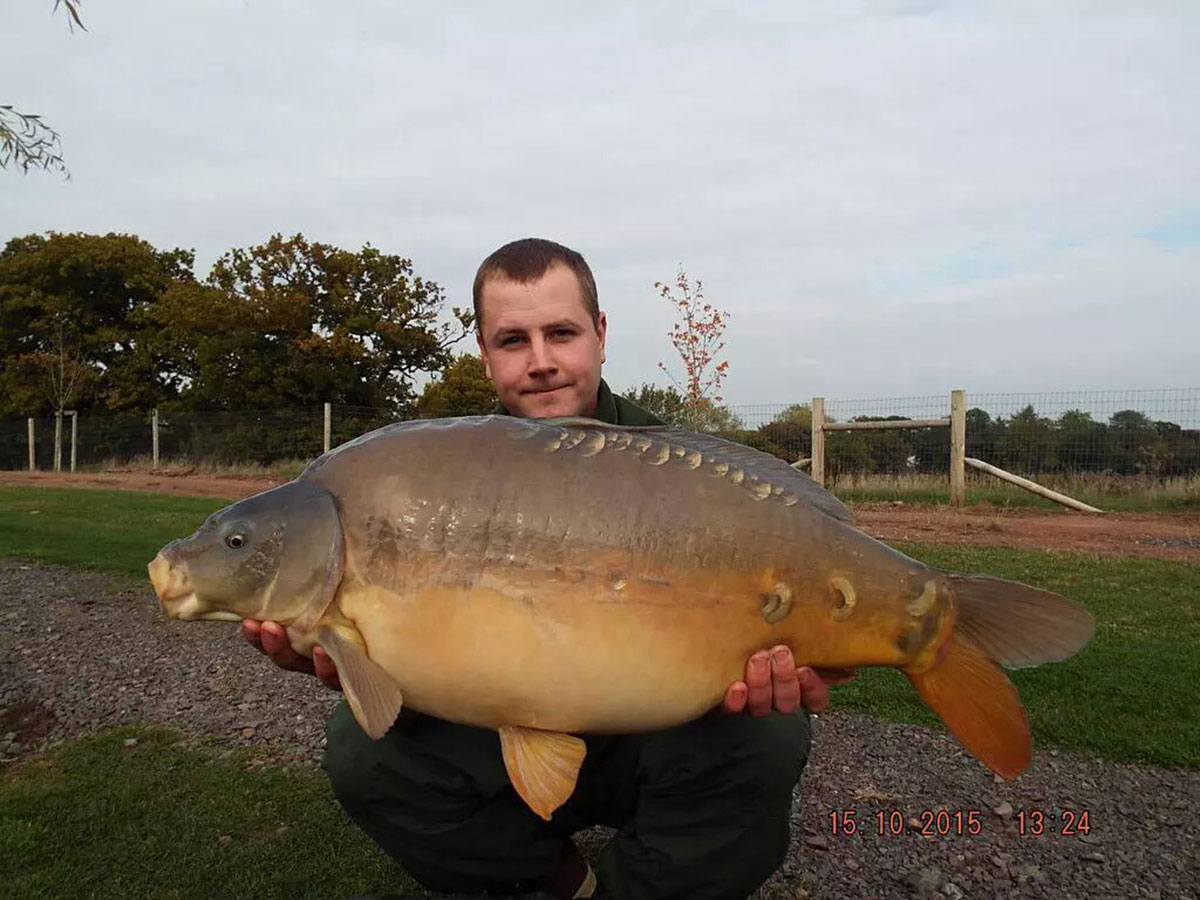 25-00 caught on Nut Mino, over loads of maize, parti blend and hemp