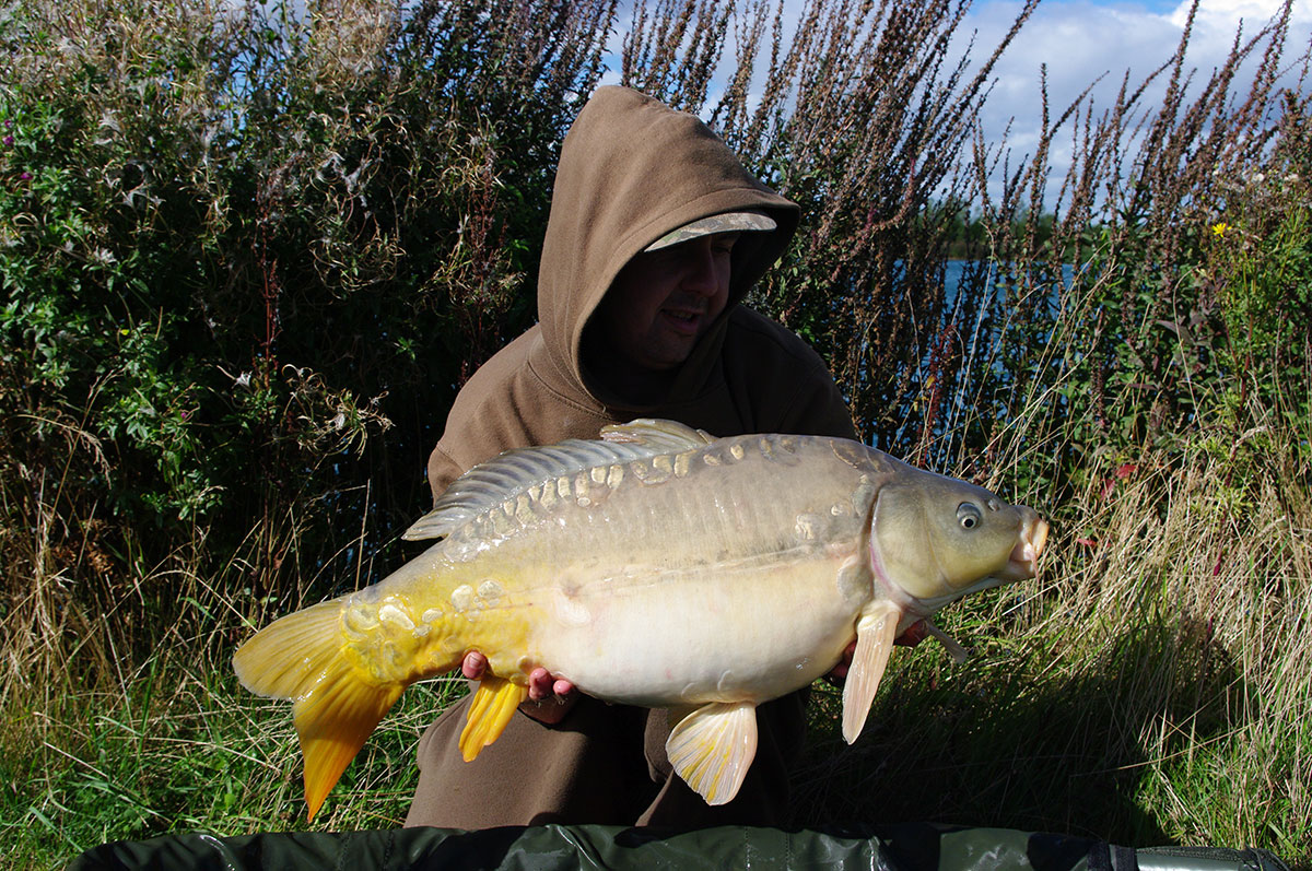19-14 caught on Nut mino, pva bags