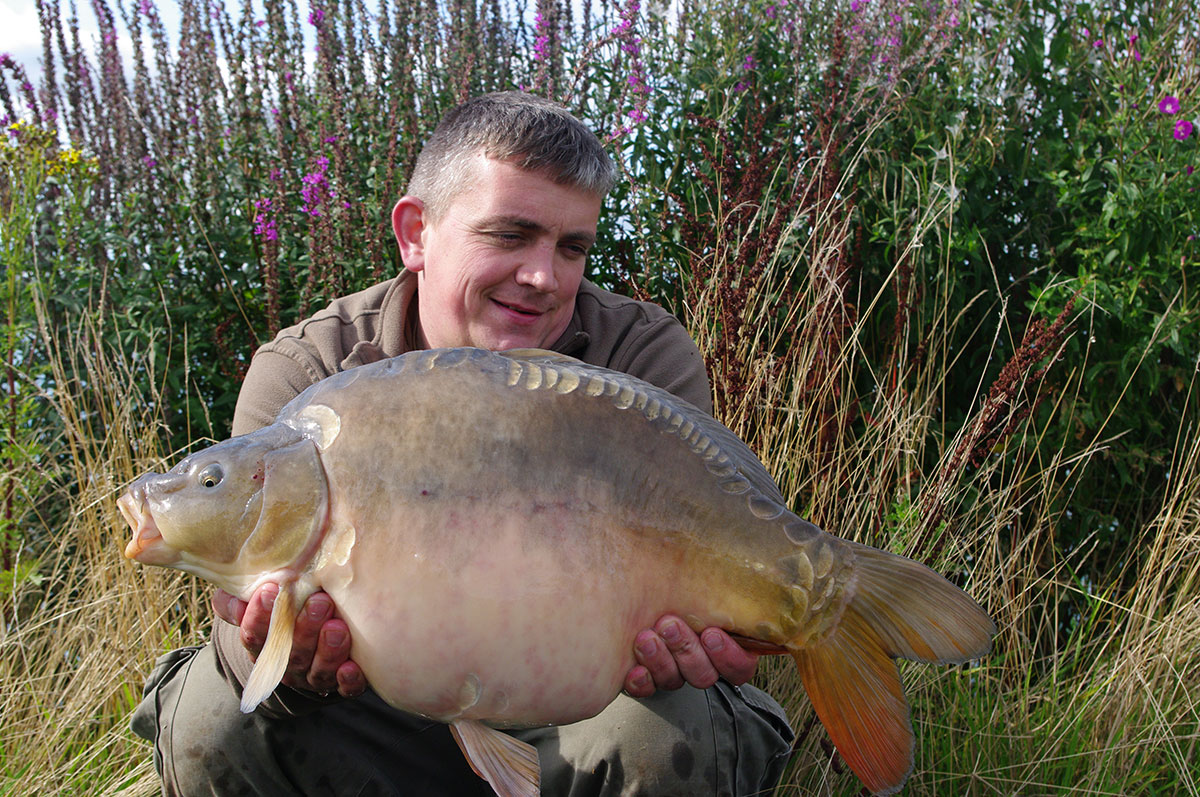 17-04 caught on yellow Nut-Mino Wafter