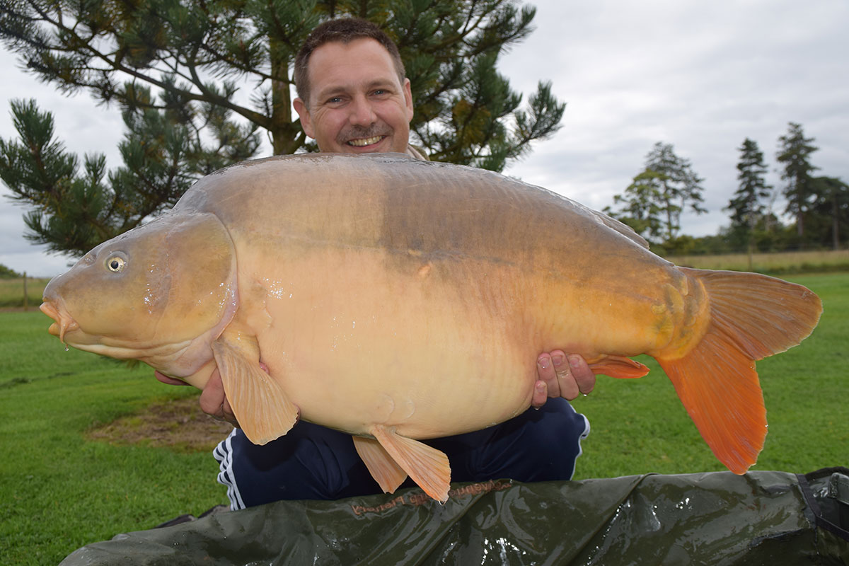 42-06 Baby Jonah caught on Boilies