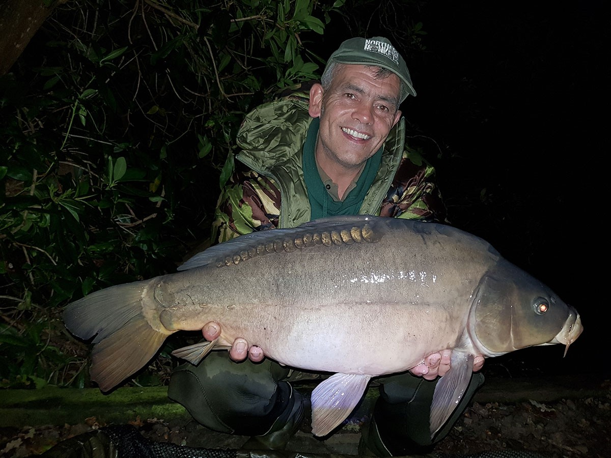 A Pulizzi  holding a 16-00 from RH Fisheries