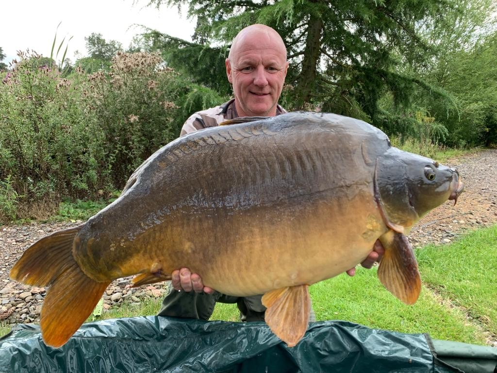 38lb 08oz 'Harry's Mirror' caught on