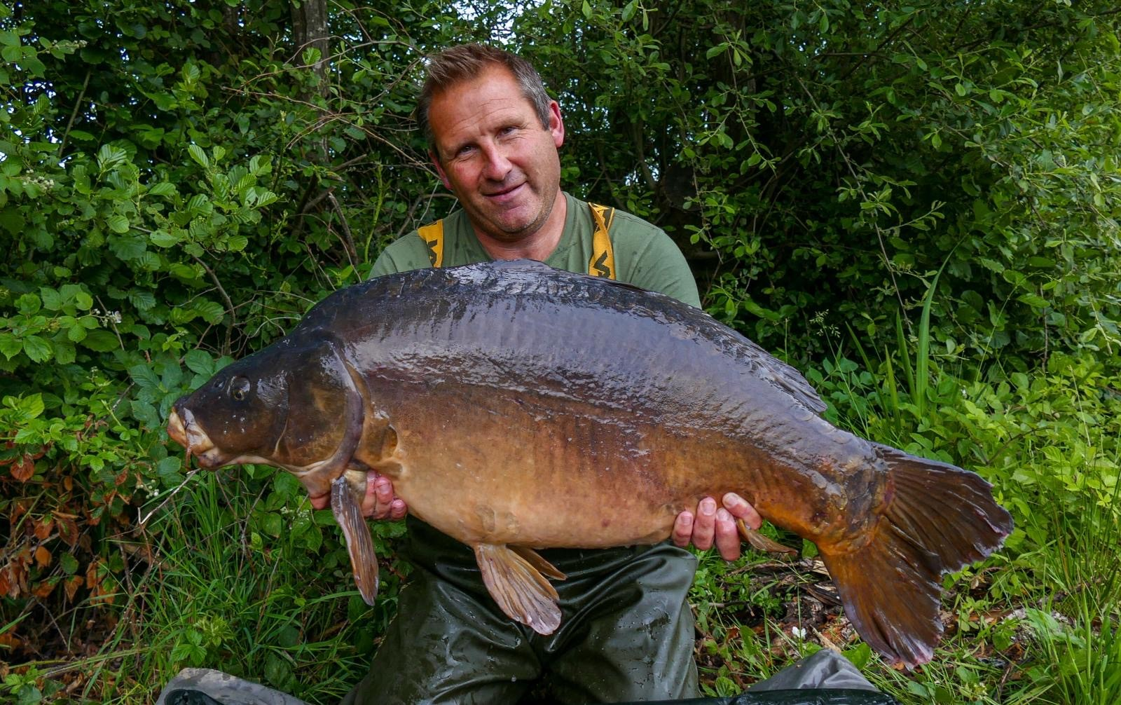 42lb 04oz 'White Tips'  caught on