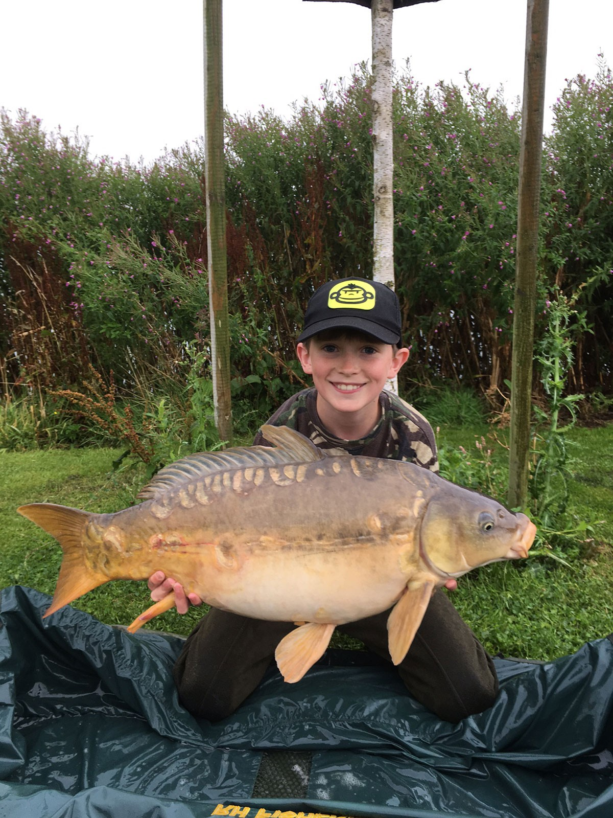 E Bailey holding a 19-06 from RH Fisheries