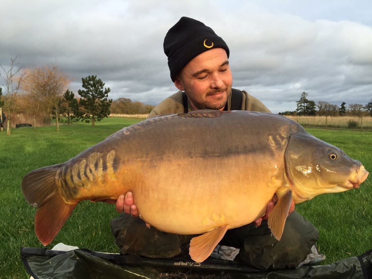 33-02 caught on boilies