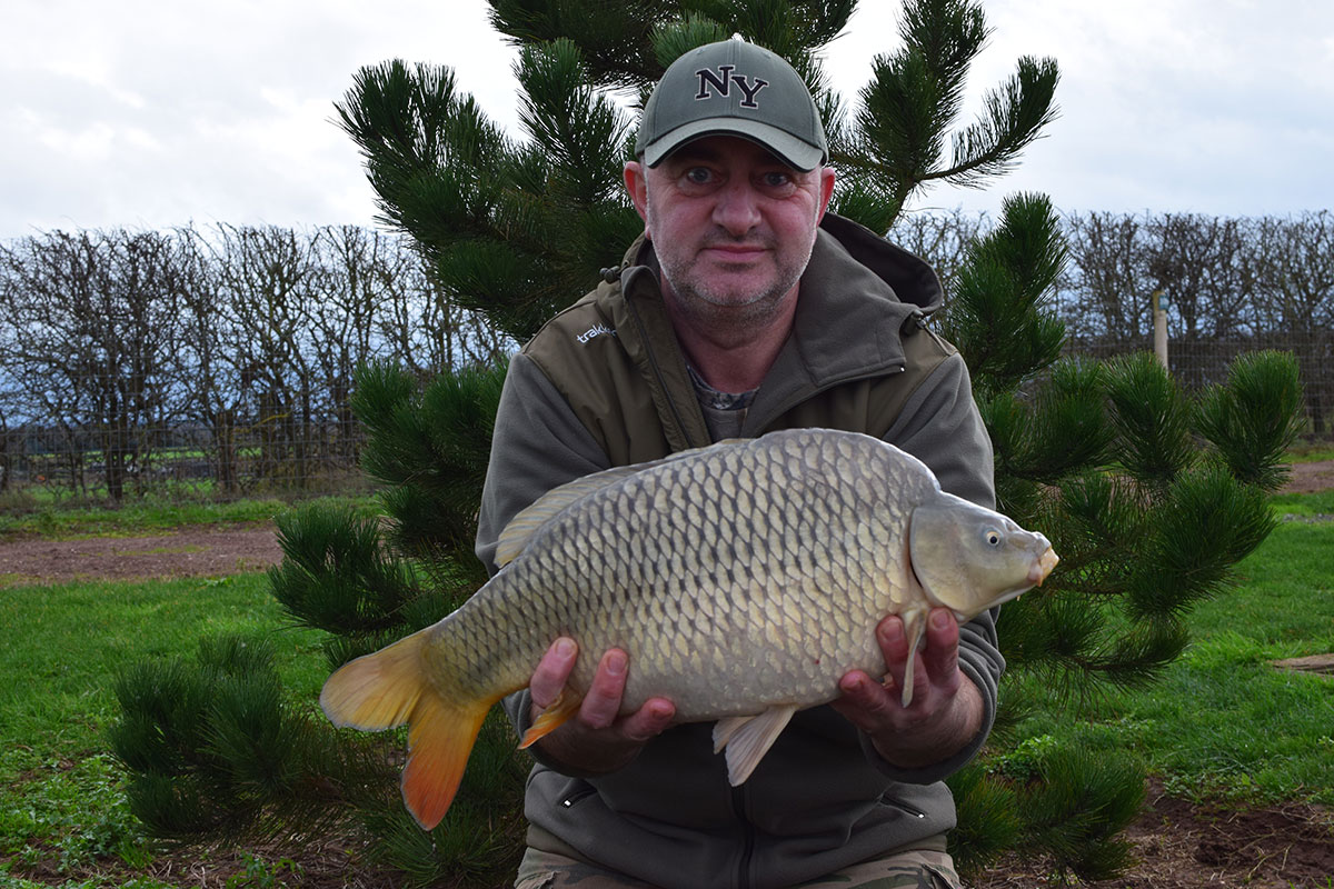 12-04 caught on Scopex squid over 9 kilos of crushed boilies
