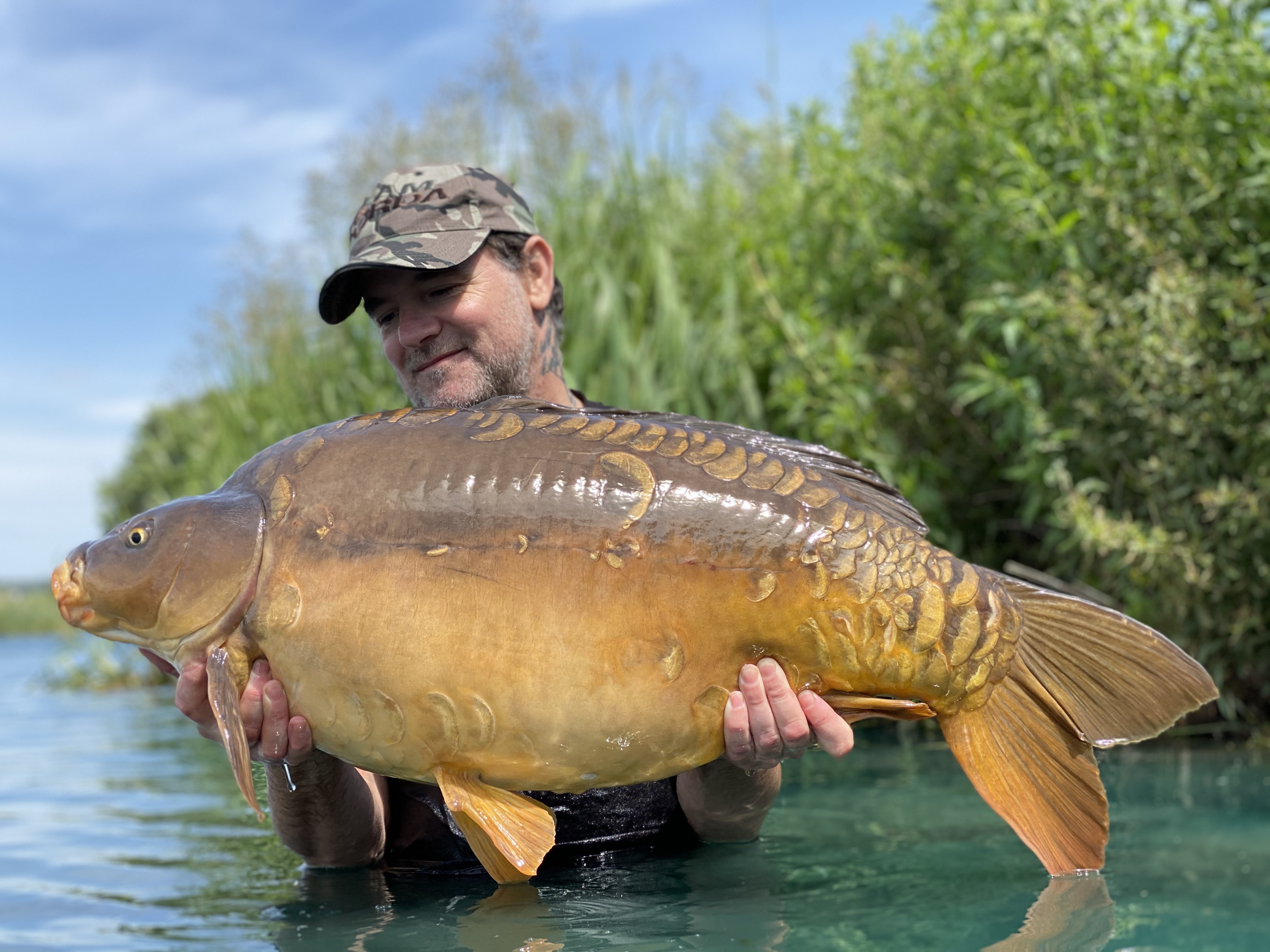 42lb 12oz 'Moonscale' caught on