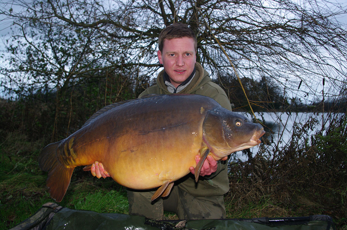 39-02 caught on maggots and crushed nut mino